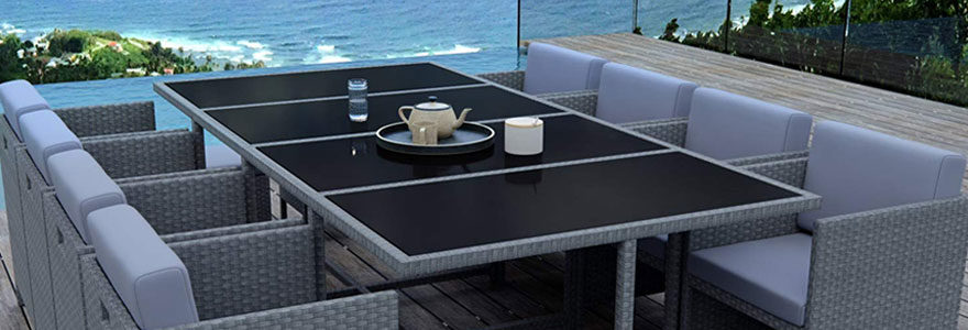 Bien choisir sa table de jardin